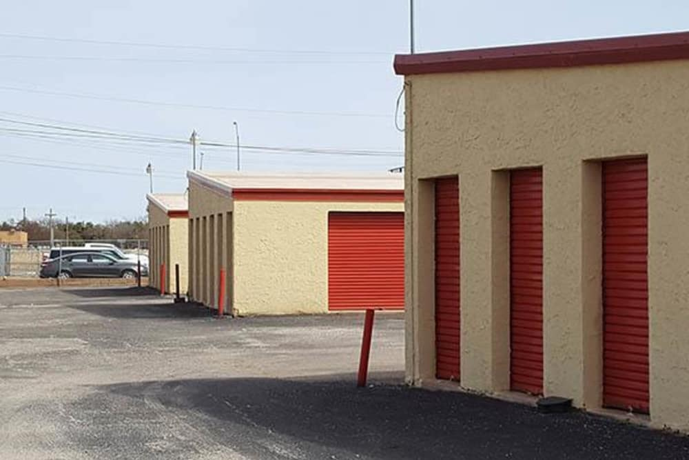 Exterior storage units at U-Store-It in Clovis, New Mexico
