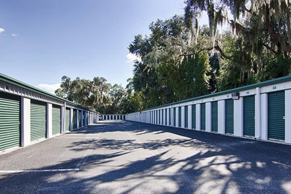 Outdoor units at Metro Self Storage in Riverview, FL