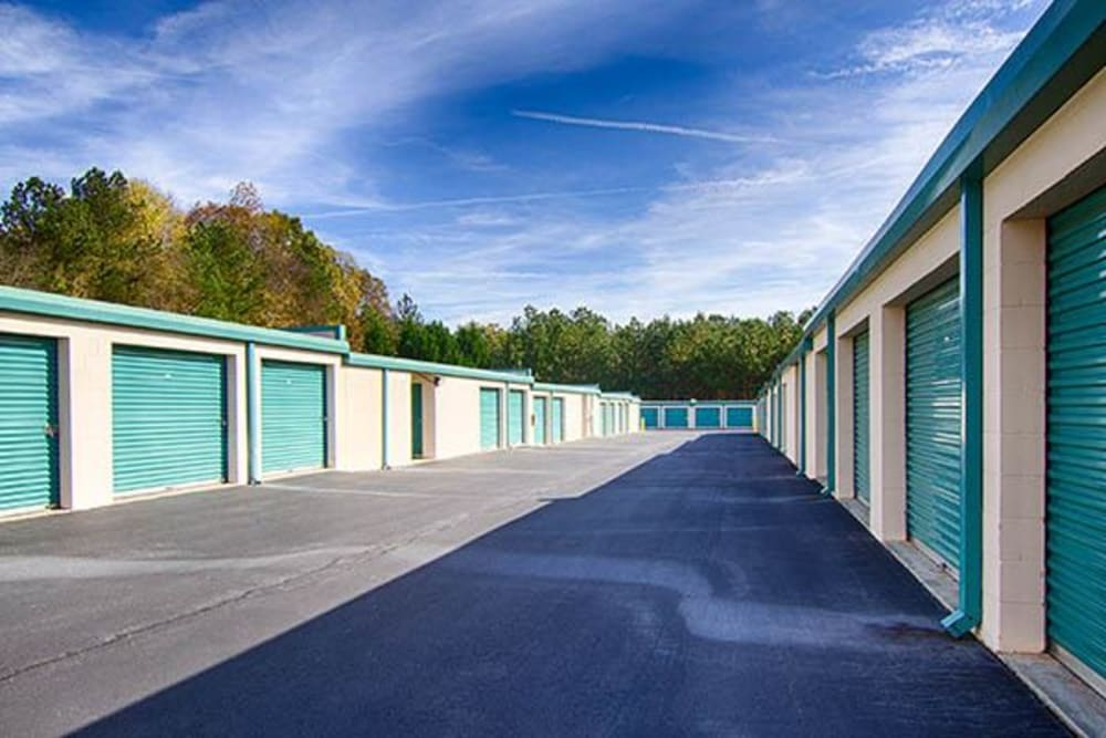 Metro Self Storage RS outdoor storage units in Roswell, Georgia