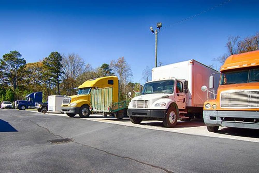 Commercial parking at Metro Self Storage in Rex, GA