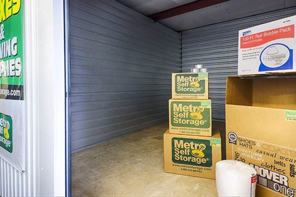 Secure self storage at Metro Self Storage in Willow Grove, Pennsylvania
