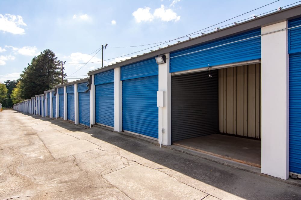 Open outdoor unit at Metro Self Storage in Decatur, GA