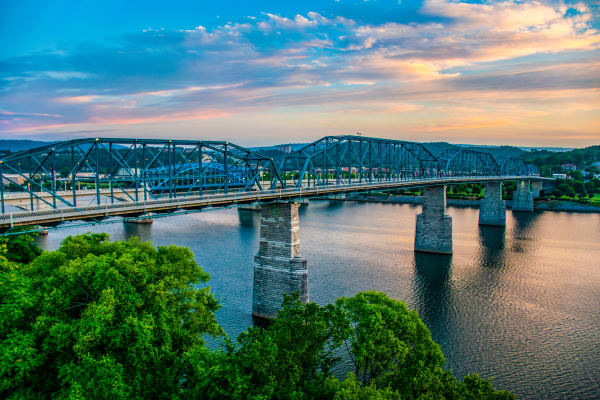 Beautiful views of Chattanooga in Tennessee near Northshore Flats