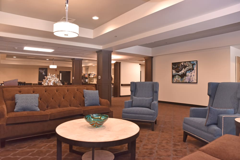 Lobby seating area at Violet Springs Health Campus in Pickerington, Ohio.