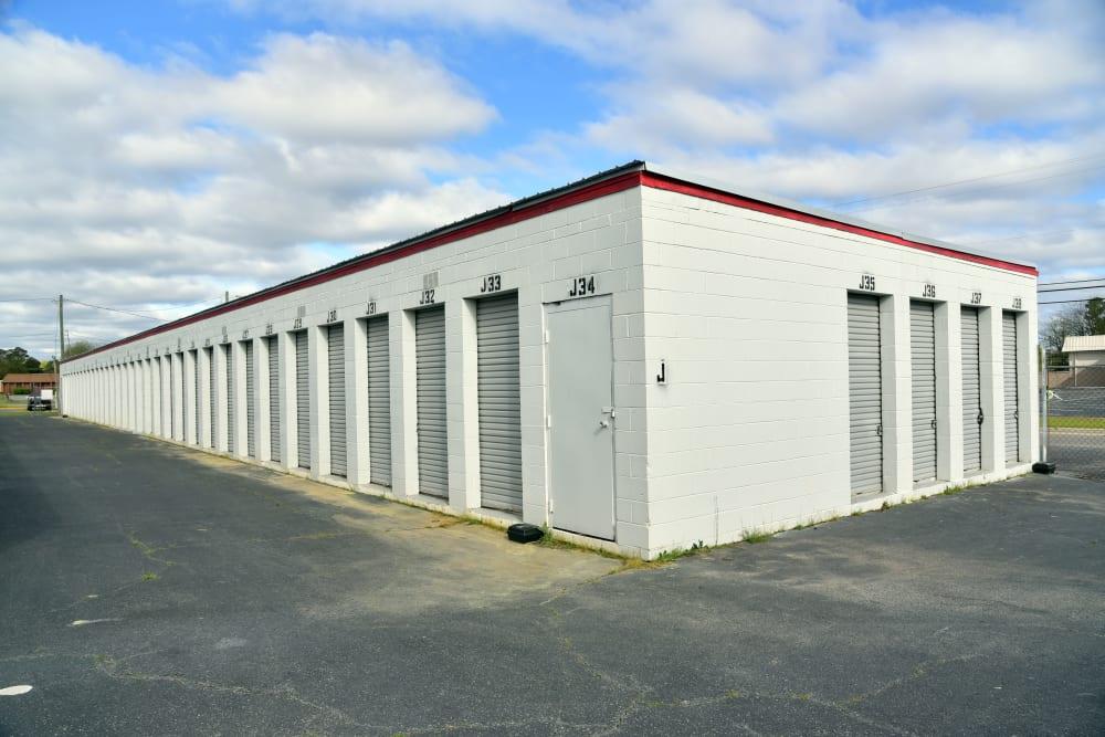 Corner storage units at StayLock Storage in Warner Robins,GA