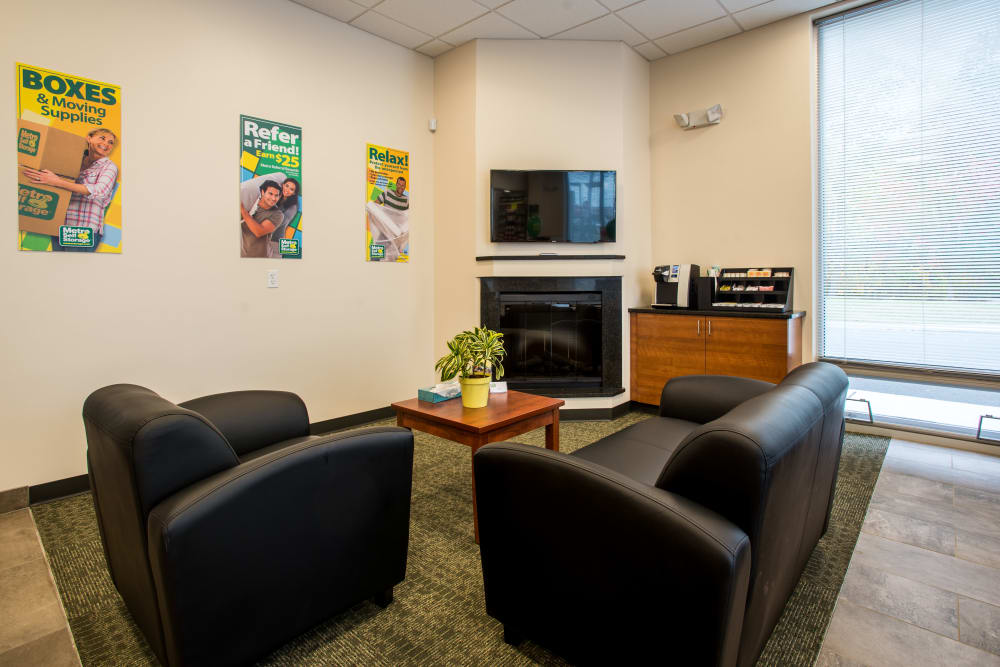 Waiting area at Metro Self Storage in Springfield, New Jersey
