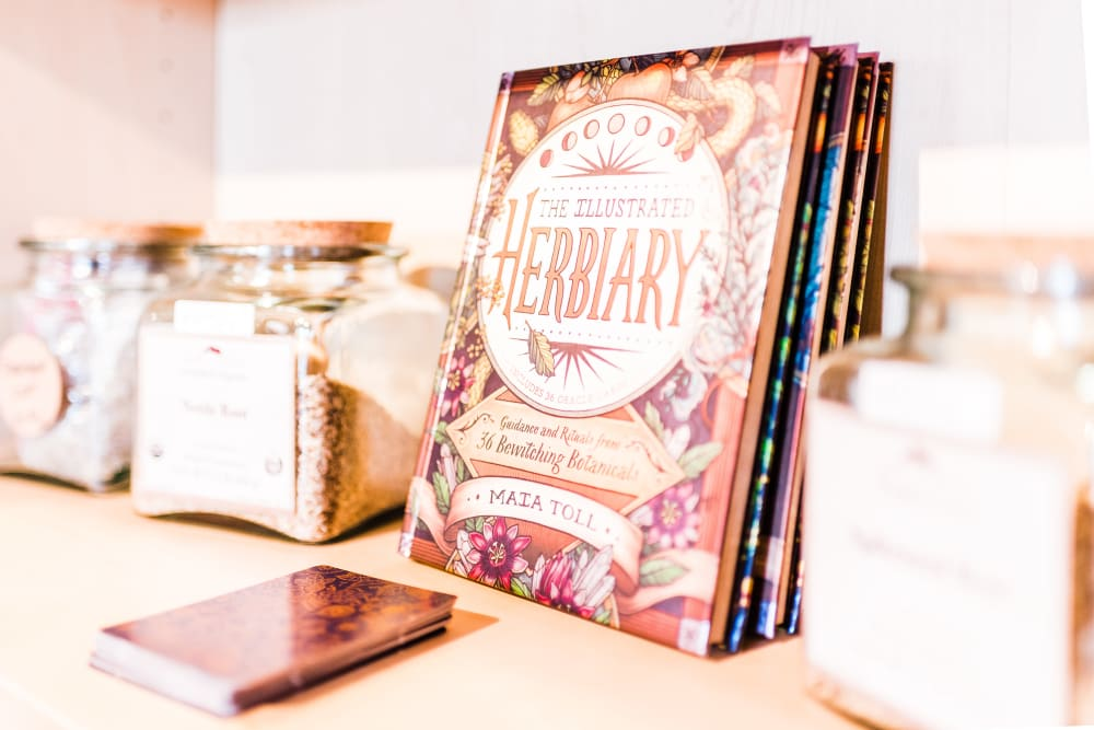 Spices and herbs books