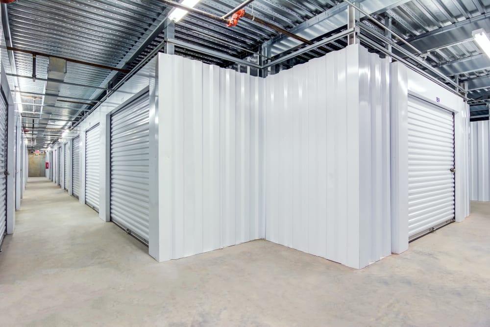 Metro Self Storage offers indoor units in Conyers, Georgia