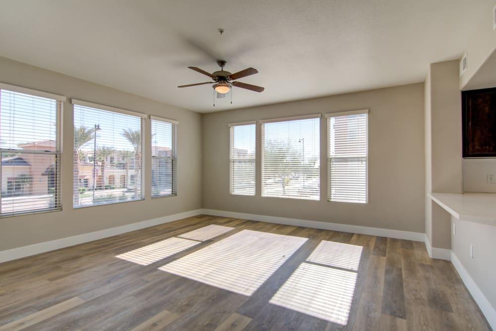 Spacious apartment living room in Surprise, Arizona