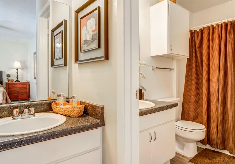 Beautiful bathroom at Riverstone Apartments, TX