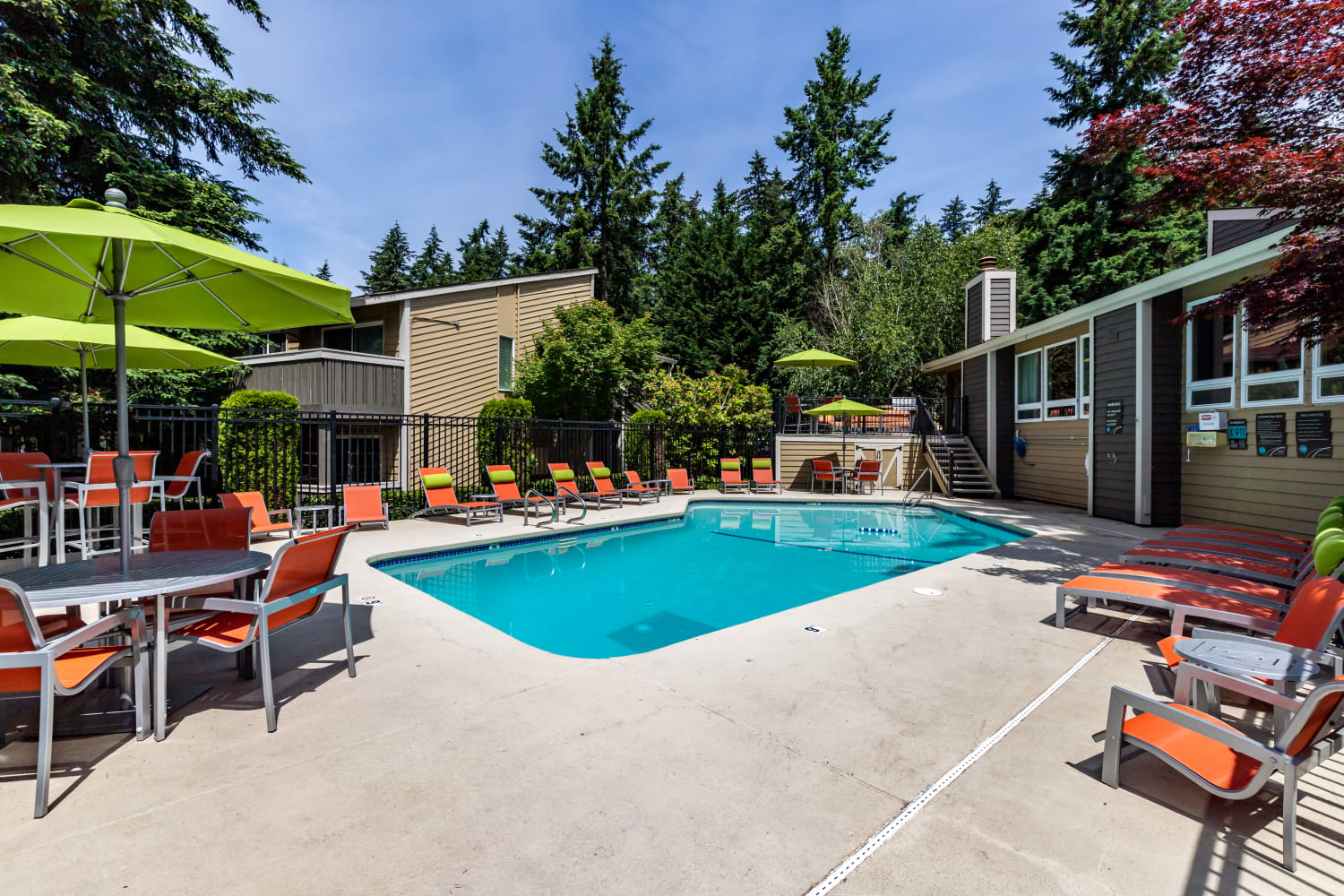 Pool at Vue Kirkland Apartments in Kirkland, Washington