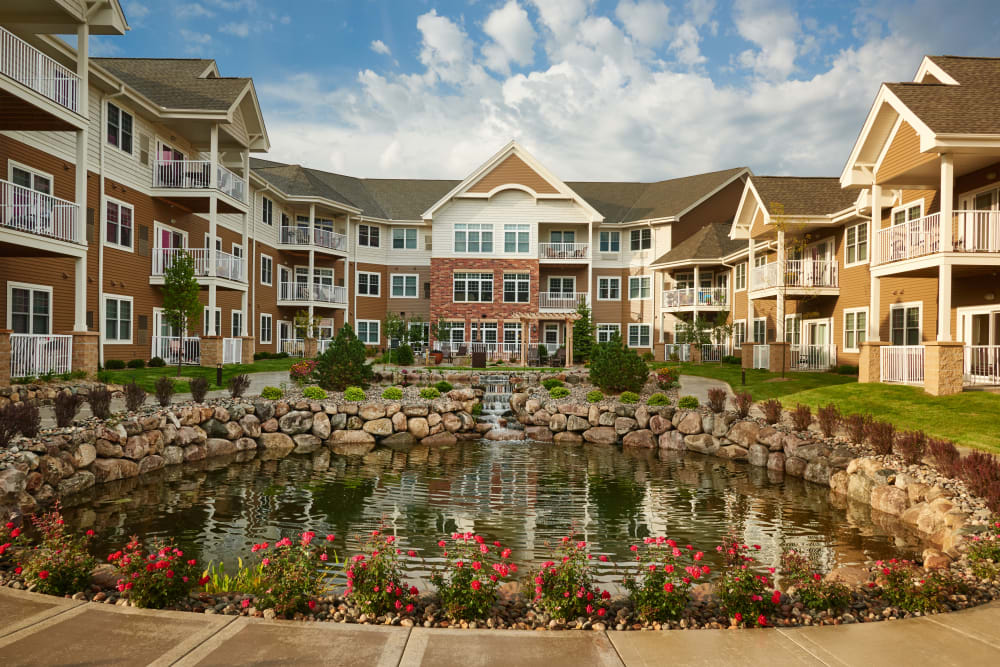Co-op amenities at Applewood Pointe Bloomington at Valley West in Bloomington, Minnesota.