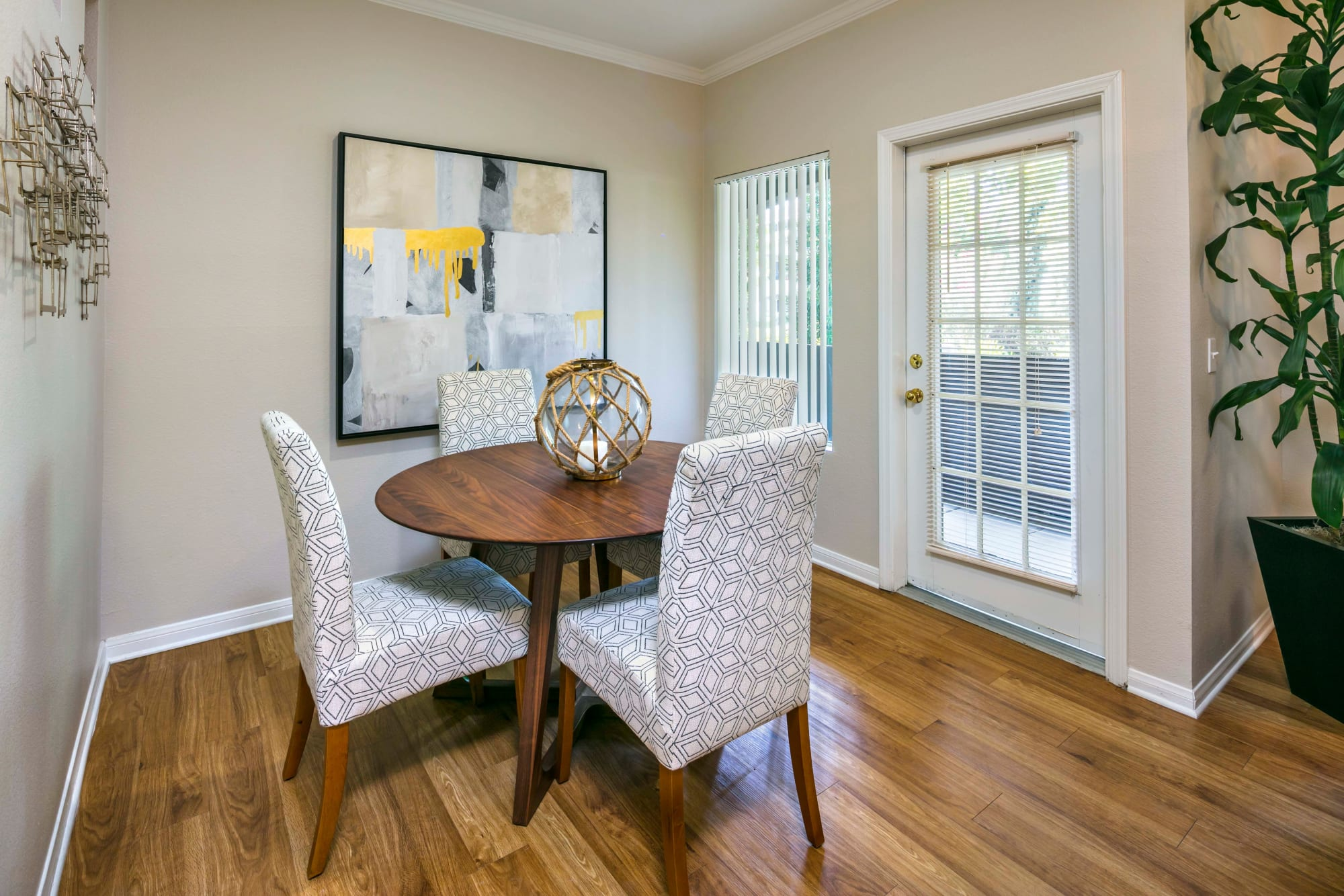 Dining space with dining table at Miramonte and Trovas in Sacramento, California