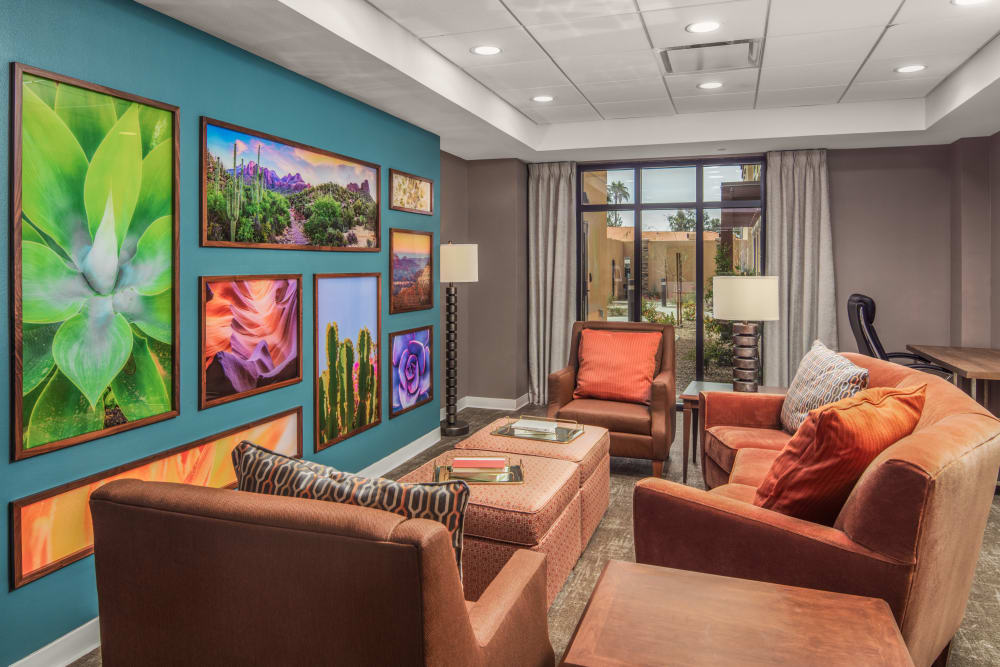 Memory care lounge at Quail Park of Oro Valley in Oro Valley, Arizona