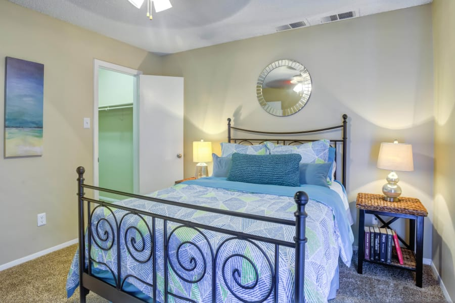 A cozy bedroom at Bradford Pointe