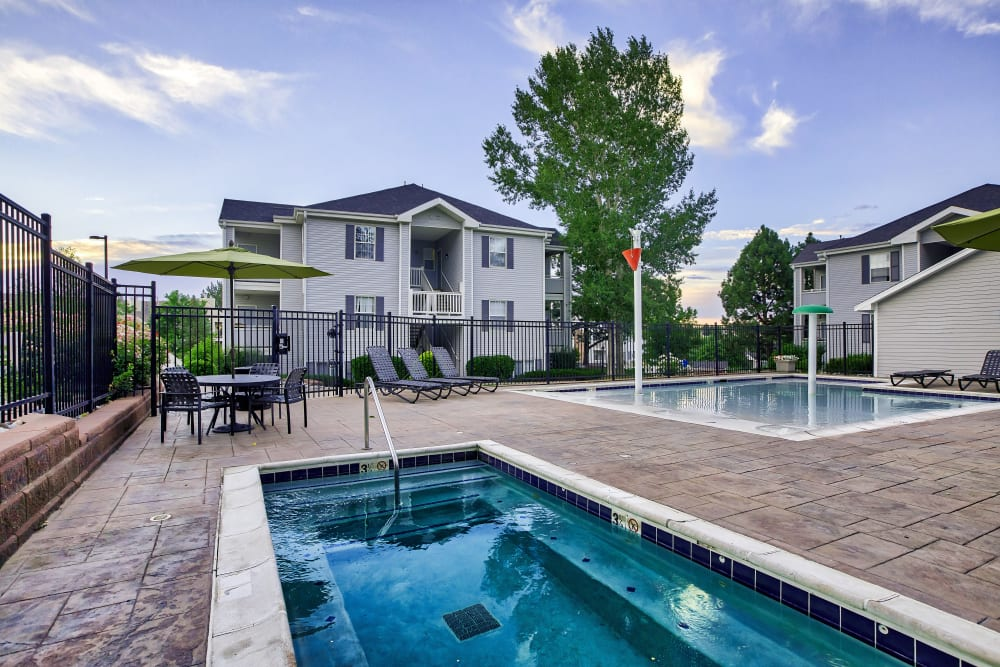 Vistas at Stony Creek Apartments offers a Swimming Pool in Littleton, Colorado