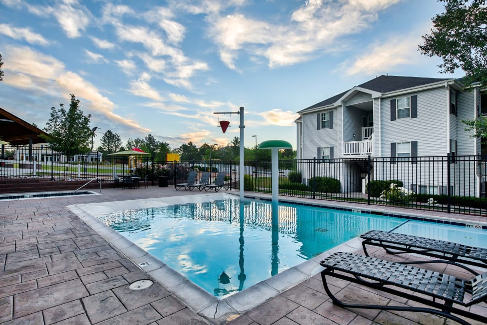 Swimming Pool at Vistas at Stony Creek Apartments in Littleton, Colorado