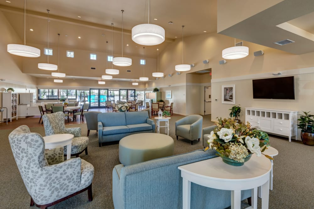 Cozy common space area at Merrill Gardens at Rancho Cucamonga