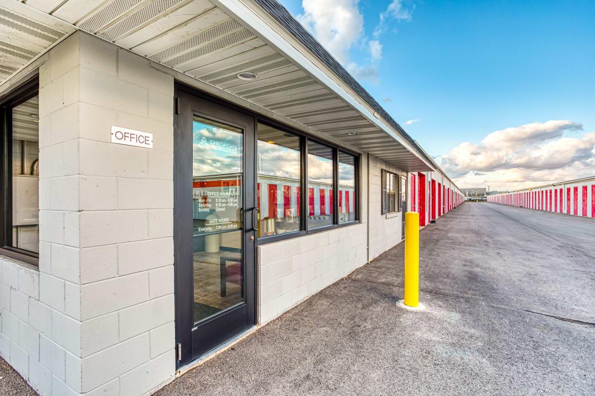 Wide driveways and large parking spaces at Devon Self Storage in Cincinnati, Ohio