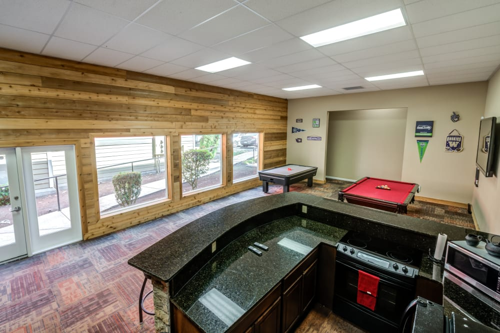 Chestnut Hills Apartments game room in Puyallup, Washington