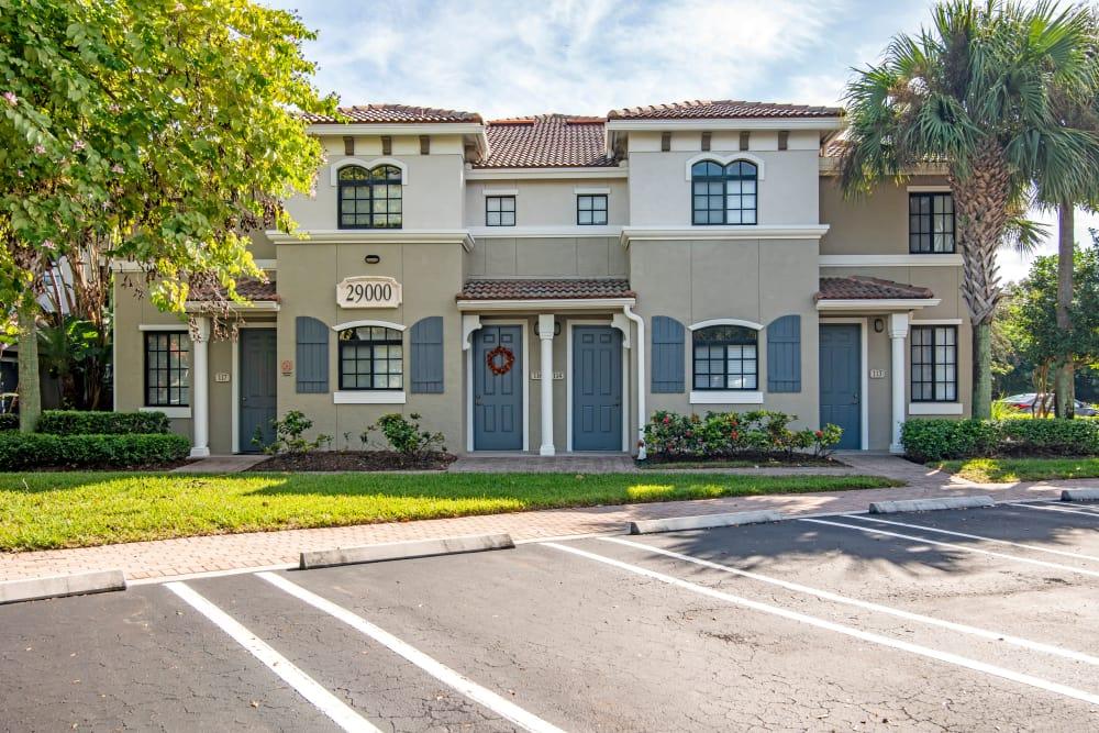 Apartments in Palm Beach Gardens, Florida