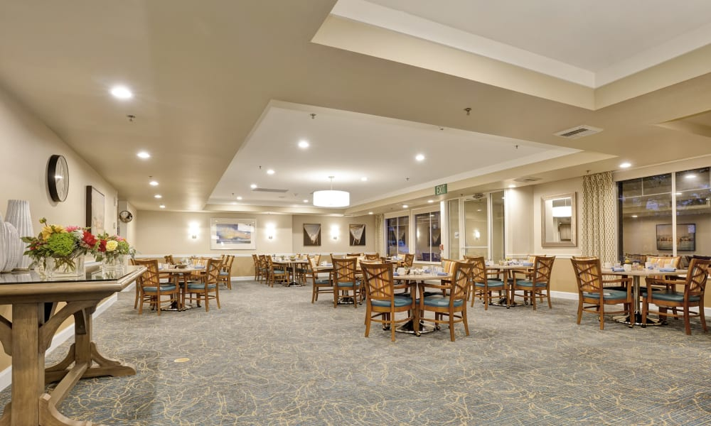 Spacious dining room at Island House Assisted Living in Mercer Island, Washington