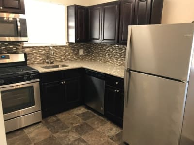 Beautiful kitchen at apartments in Voorhees, New Jersey