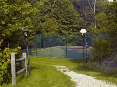 Fantastic amenities at Highlands of Montour Run in Coraopolis, PA