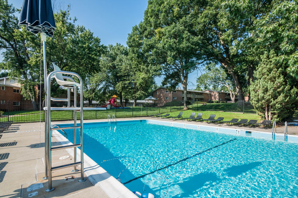 Modern swimming pool at Fireside Park Apartments in Rockville, Maryland
