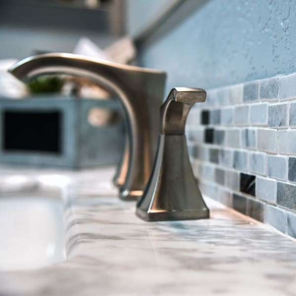 Summerfield Apartment Homes offers Custom Glass Tile Backsplash to its upgraded units