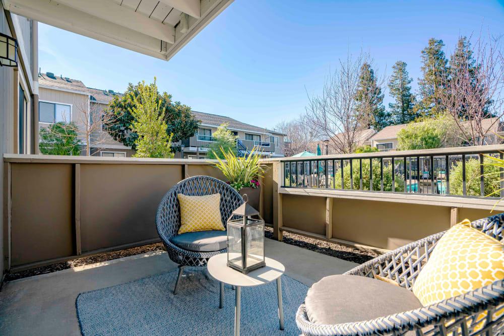 Sofi Berryessa in San Jose, California offers a private patio