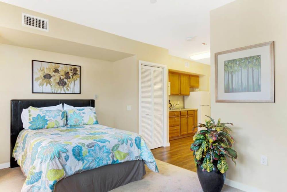 Studio bedroom at Merrill Gardens at Lafayette in Lafayette, California.