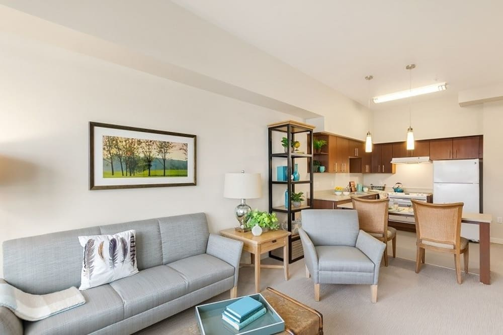 Resident living room at Merrill Gardens at Auburn in Auburn, Washington.