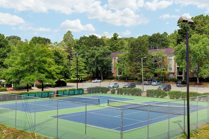 Onsite tennis courts at Allegro on Bell in Antioch, Tennessee