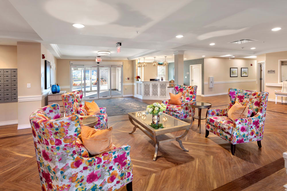 Lounge with hardwood flooring at Brooklyn Pointe in Brooklyn, Ohio