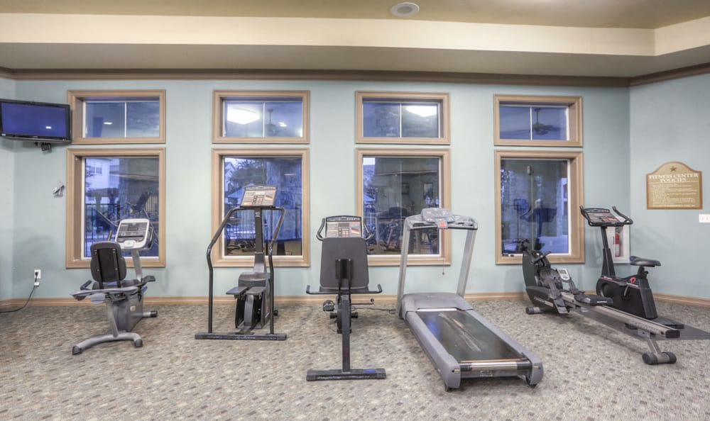 Nice fitness center at Stone Creek Apartments