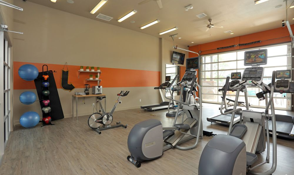 24-Hour Fitness Center At Springs at Woodlands South Apartments In Tulsa