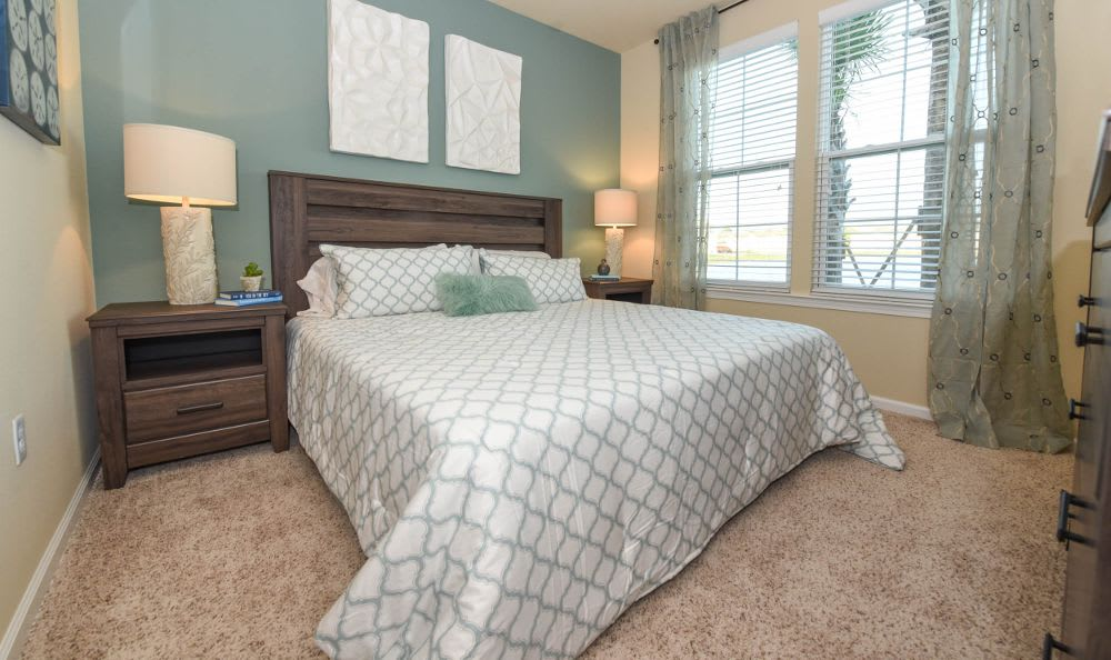 Well decorated bedroom at Springs at Memorial in Oklahoma City