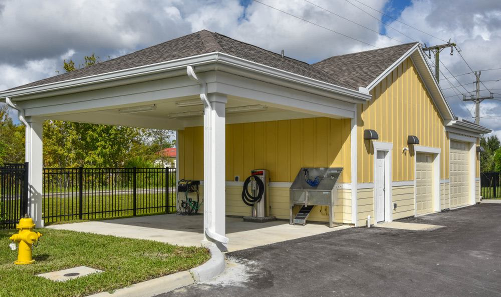 Car care area at Springs at Six Mile Cypress