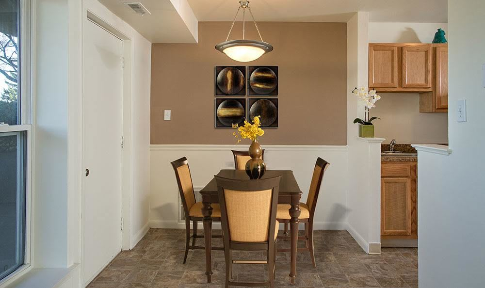 Beautifully designed dining room at Hillcrest Village in Niskayuna, NY