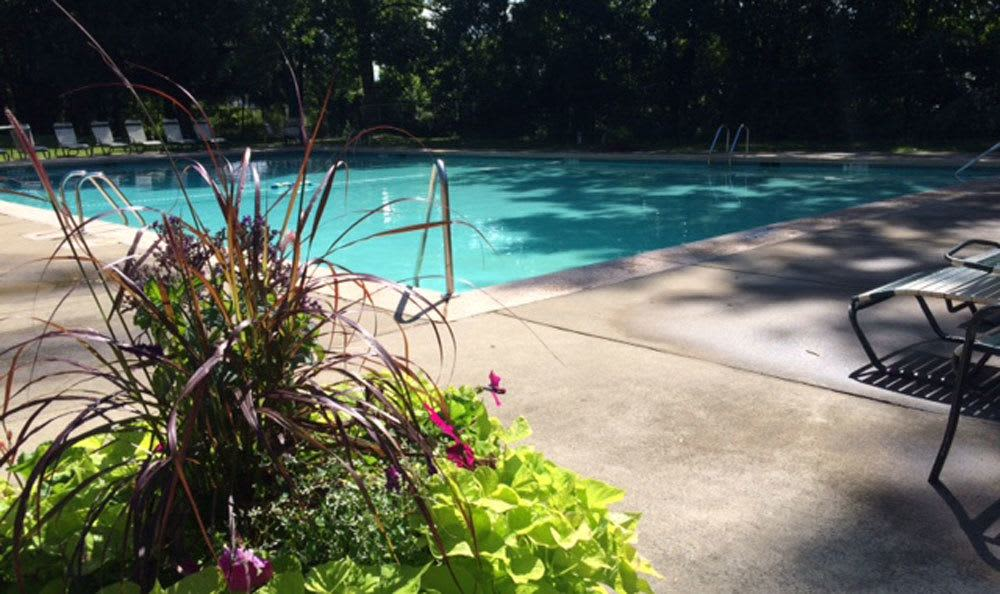 Raintree Island Apartments refreshing pool in Tonawanda