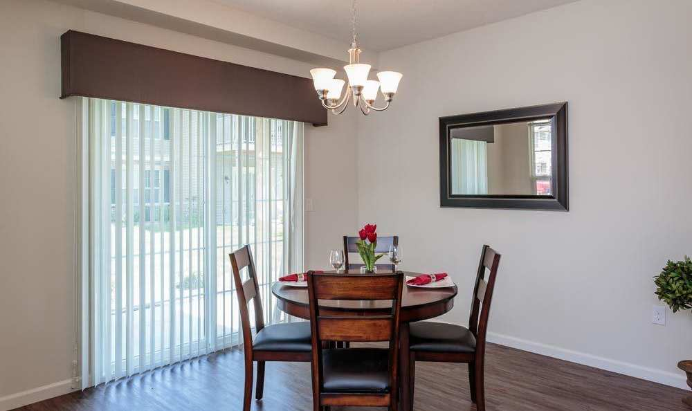 Dining room at Auburn Creek Apartments in Victor