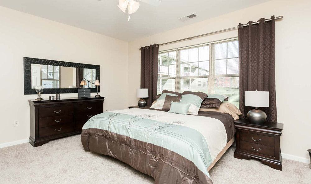 Bedroom at Saratoga Crossing in Farmington, NY