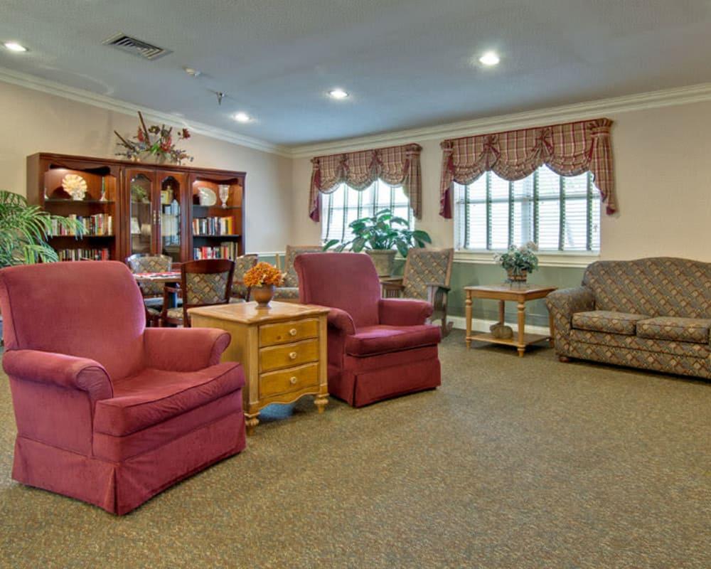 Cozy reading lounge at Heritage Nursing Center in Kennett, Missouri