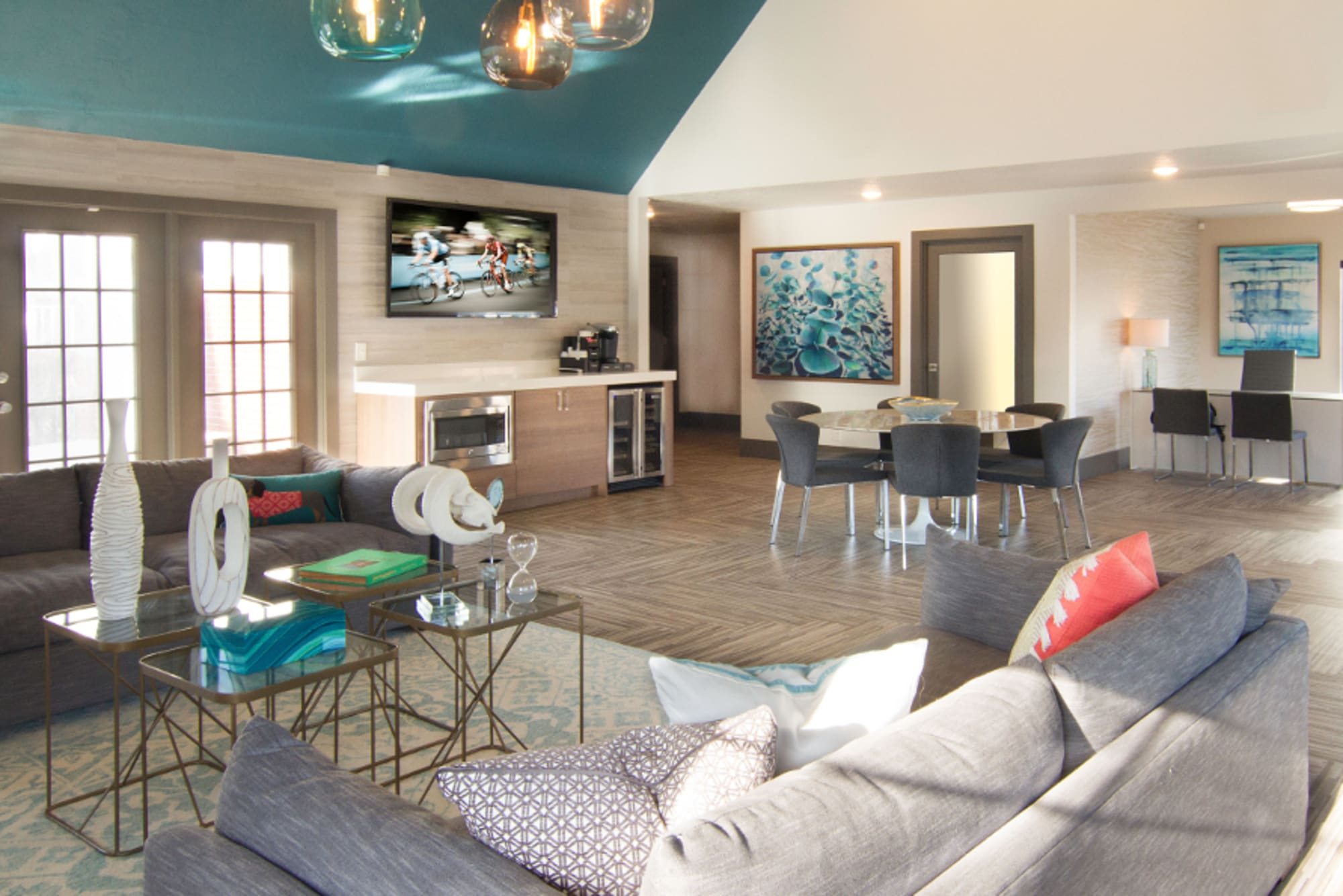 A spacious clubhouse for residents and their guests to enjoy at Windgate Apartments in Bountiful, Utah