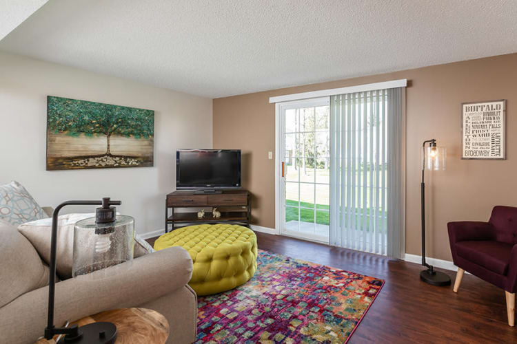 Maplewood Estates Apartments in Hamburg, New York showcase a beautiful living room