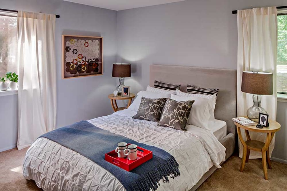 Quail Ridge Apartments model bedroom
