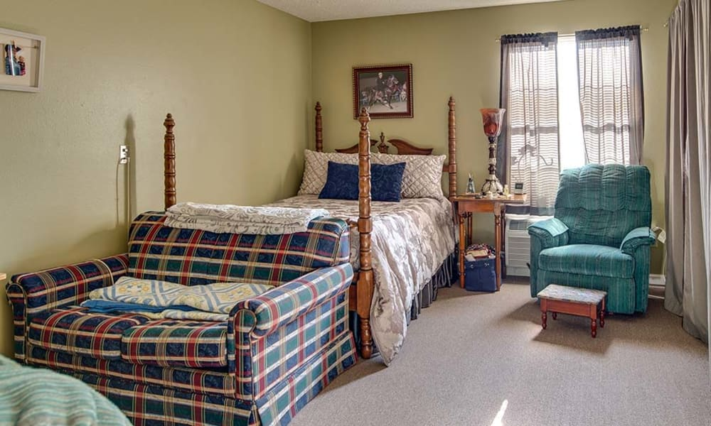 Large bedroom for assisted living residents at Celebration Way in Shelbyville, Tennessee