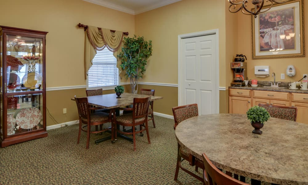 Cafe at The Arbors at WestRidge Place in Sikeston, Missouri