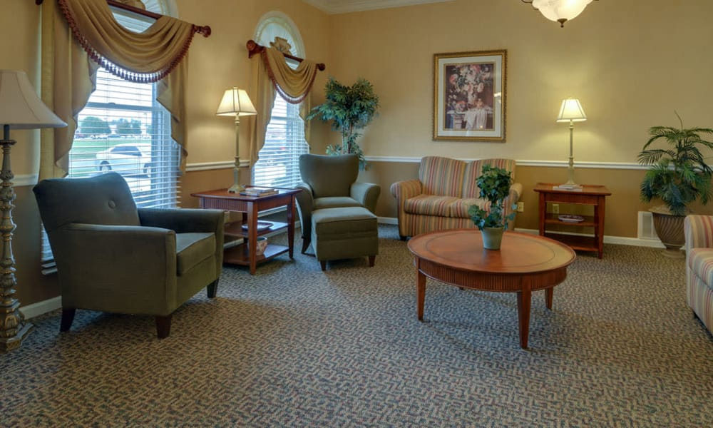 Reading Lounge at The Arbors at WestRidge Place in Sikeston, MO
